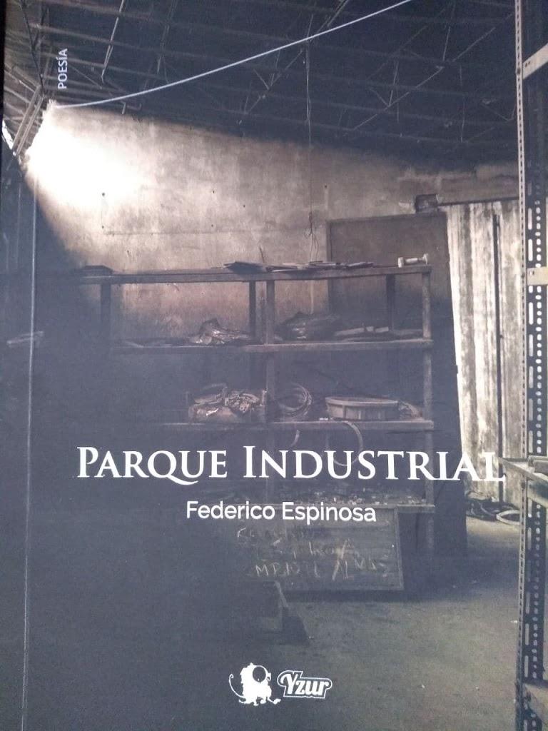 Parque Industrial, gente naciéndose desde la misma tierra